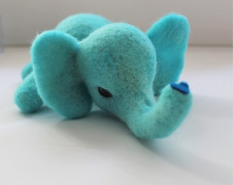 ELEPHANTS NEEDLE FELTING Kit