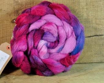 Hand Dyed Ryeland Wool Sliver - 'Mauve Mood'