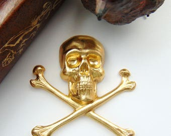 BRASS * Large Skull and Bones Stamping ~ Jewelry Ornament Findings ~ Brass Stamping (C-501)