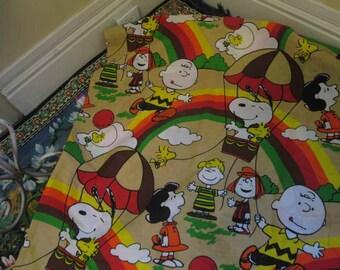 70s Snoopy bedspread Rainbow blanket Vintage Peanuts bedroom blanket Charlie Brown Hot Air Balloon Full size 70s Woodstock Bird Lucy Linus