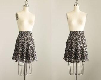 90s Vintage Black Floral Print Flounce Full Mini Skirt / Ice Skater Skirt / Size Small