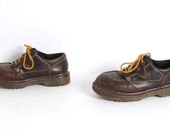 size 9 unisex DOC MARTEN brown leather 80s 90s GRUNGE lace up platform ankle boots