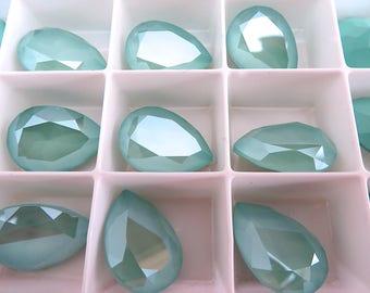 SALE 1 Mint Green Swarovski Crystal Stone Pear 4320  18mm x 13mm