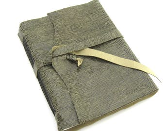 Green Leather Journal, Travel Lovers Gift, Leather Sketchbook, Handmade Journal, Artist's Gift, Writer's Gift, Unlined Journal
