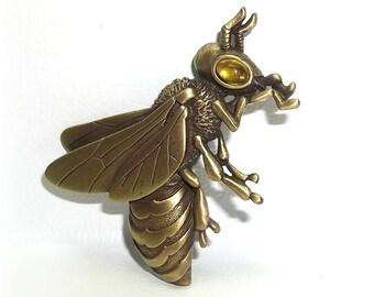 Big Eye Bee JJ pin Jonette brooch antique gold tone insect flying bug NOS