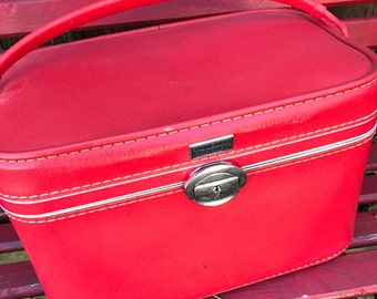 Vintage Lipstick Red 1960's Era AMELIA EARHART Train Case Small Suitcase Luggage