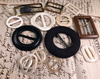 Lot of 16 Vintage Ladies' Belt Buckles in Various Sizes, Styles, and Materials Plastic, Metal and More