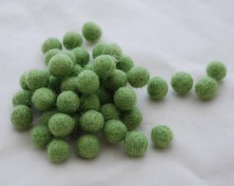 1cm Felt Balls - Grass Green - Choose either 50 or 100 felt balls