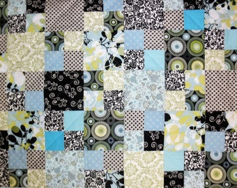 """Minky backed Baby Crib Lap Quilt, Blue Green Black White 30"""" x 42"""" Scrappy Four Patch Modern Nursery Quilt"""