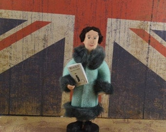 Virginia Woolf, Author Doll, Art Miniature, Classic Literature, Bookworm Gift, British Writers