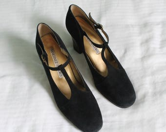 1990s T-strap sueded heels  / 90s black mary janes / Martinez Valero suede high heels