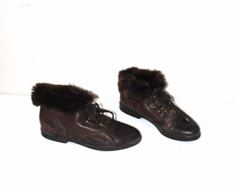 fur cuff booties 80s vintage brown leather insulated fold down winter boots size 8