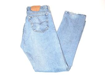 button fly levis jeans 90s grunge light wash vintage levis boyfriend jeans size