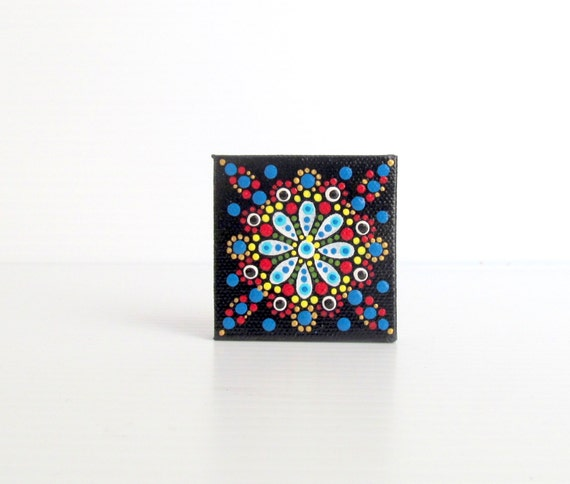 Tiny dot painting on canvas