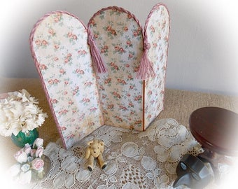 Spring Sale...Dolls' House Miniature Folding Screen or Room Divider...Shabby Rose Print...3 Panels... 1:12 Scale Prototype