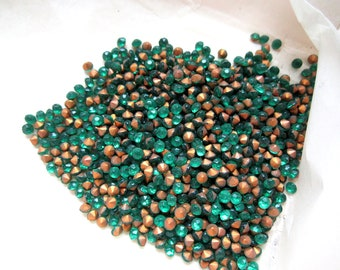 over 1000 vintage glass emerald green fire polished foiled pointed back rhinestones from Czechoslovakia in original package ss11