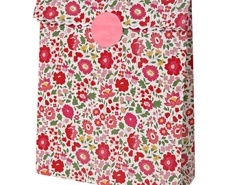 Liberty D'Anjo Treat Bags, Meri Meri, Liberty of London, Paper Gift Bags, Liberty Gift Wrap, Gift Wrap, Red Floral, Liberty Favor Bag
