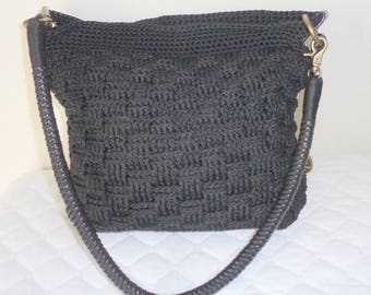 The Sak  crochet+  black leather med  size hobo purse handbag vintage , top zip closure, single strap early 90s pristine, flawless condition