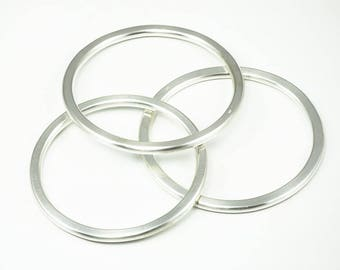 Thick solid bangle ROUND