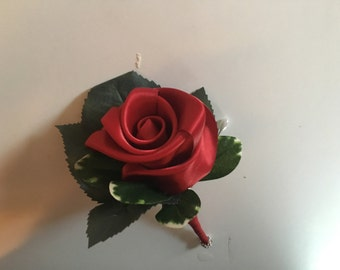 Red rose/boutonniere /red boutonniere /wedding boutonniere