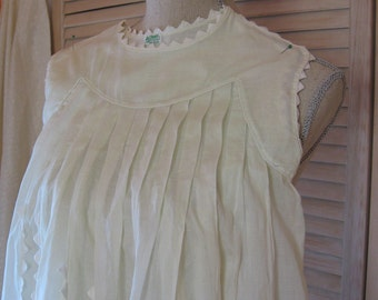 Vintage Pale Green Child's Dress with White Triangle Accents
