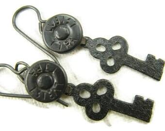 Black Steampunk key and jean rivet earrings