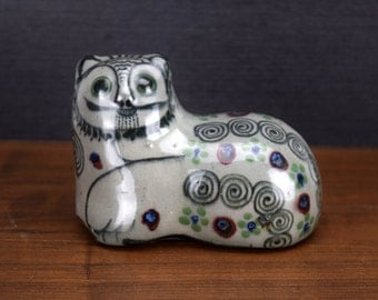 Tonala Mexico Cat Figurine, Signed Mexican Folk Art Pottery, Big Eyes and Mustache, Grey Green Flowers and Black Swirls