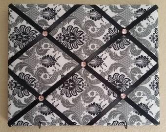 Black & White Damask Memory Board w/hooks/Bulletin Board/Picture Board/Picture Hanger/Black and White Decor/Damask