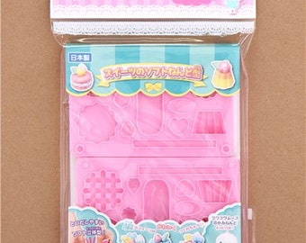 198586 pink 3D molds for clay sweets macaroons