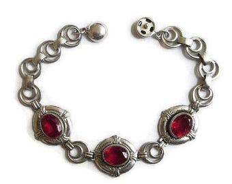 Art Deco Red Rhinestones Bracelet with Silver Tone Links Vintage
