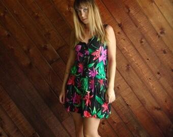 extra 30% off sale . . . Floral Print Drop Waist Mini Dress - Vintage 80s - XS/S