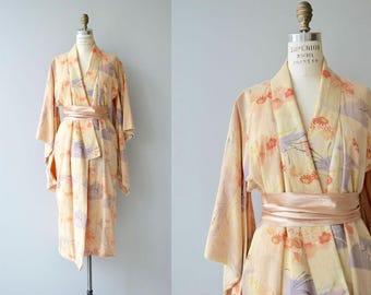 Aisukurīmu wrapper | vintage 1920s kimono | antique 20s kimono robe