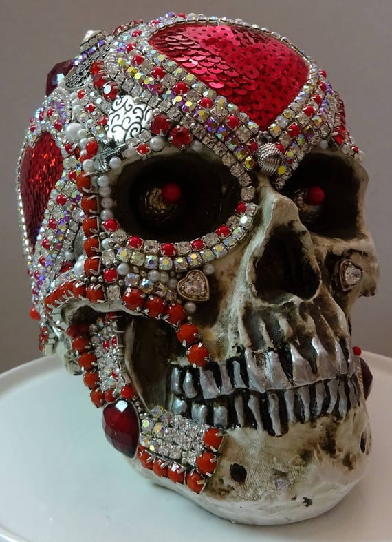 "Jeweled Skull ""QUEEN OF HEARTS"" By Kathi Woodard"