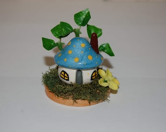Polymer Clay Miniature Toadstool Cottage Fairy Garden Decoration