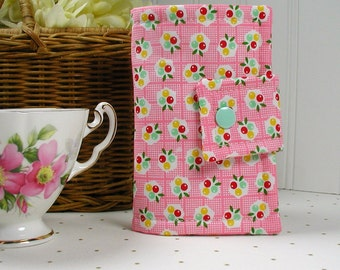 Tea Wallet, Tea Case, Tea Pouch... Backyard Berries in Pink