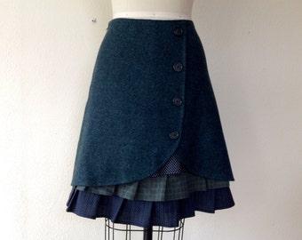 Cassie wool ruffle front skirt Sz 4