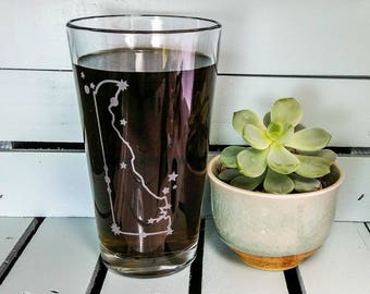 Delaware State Constellation Stars | Etched Pint Glass