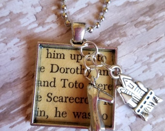 The Wizard of Oz -  Necklace Literary Jewelry