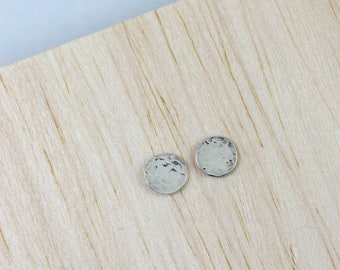 Silver Circle Earrings - Round Stud Earrings - Hammered Stud Earrings - Minimal Studs - Everyday Studs