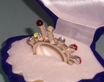 Sterling and Pure Silver Ring with 12 Gems on Pillars