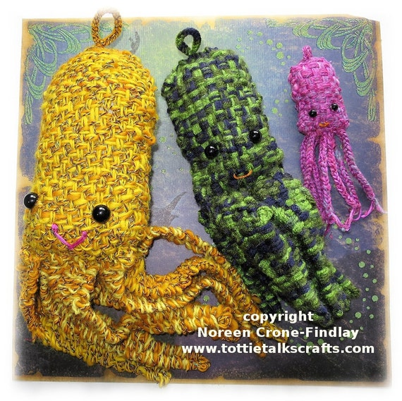 Octopus to weave on the Thumbelina, Mollie Whuppie or Vasilisa looms- pdf pattern by Noreen Crone-Findlay