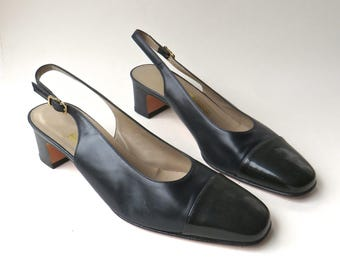 90s vintage Salvatore Ferragamo Dark Navy Blue and Black Leather Slingback Pumps / made in Italy