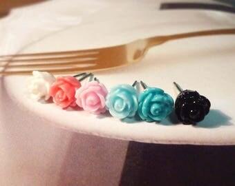 SALE - Mini Sweet Flower Earrings