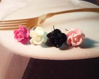 SALE - Lovely Flower Earrings