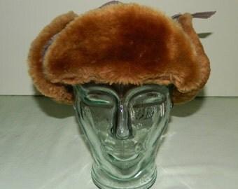 7-1/4 1940s Trapper Pilot Aviator Gabardine & Faux Fur Hat North Dakota / Minnesota Style Ear Flaps Hat Snap Chin Strap Nylon Quilted Lining
