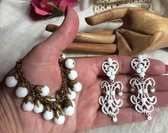 Vintage white earrings bracelet set, scroll look white drop earrings, multi white beads brasstone chain bracelet, summer jewelry
