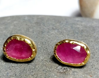 22k  gold hand fabricated bezels with organic shaped rose cut pink Sapphire slice.One of a kind studs, wedding or daily studs.One of a kind.