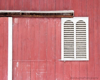 Barn Photograph, Farmhouse Chic Style, Red Barn, Architecture, Modern Farmhouse Art, Rustic Home Decor, Abandoned Barn, Art Print
