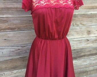 1970's burgandy mini dress with lace bodice SMALL