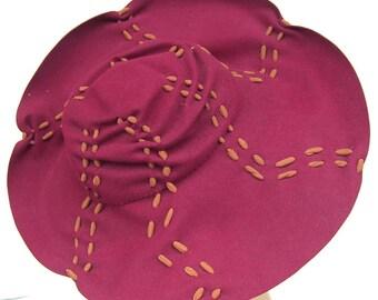 1930's Vintage Red Fur Felt Bonwit Teller Wide Brim  Women's Hat